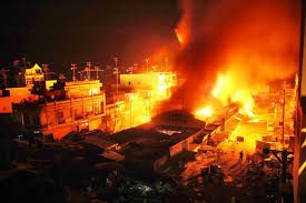 Ai chịu trách nhiệm bồi thường và mức bồi thường khi cháy chợ?