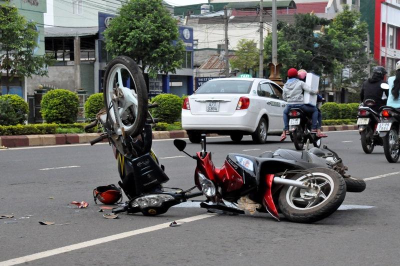 Tham gia giao thông gây tan nạn giao thông chết người có phải chịu TNHS không?